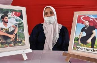 Diyarbakır annesinin feryadı: Oğlumu almadan buradan gitmeyeceğim