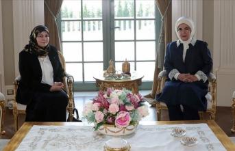 Emine Erdoğan, Serrac'ın eşi Nadia Reffat ile bir araya geldi