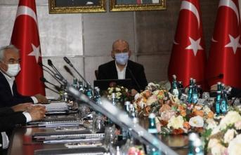 İçişleri Bakanı Soylu başkanlığında güvenlik toplantısı yapıldı