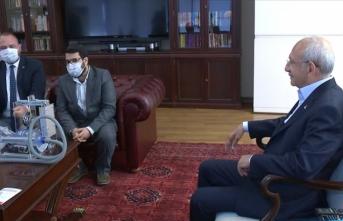 Kılıçdaroğlu, Çiğli Belediye Başkanı Gümrükçü'yü kabul etti