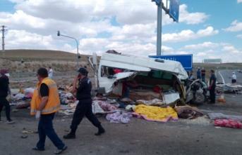 Konya'da katliam gibi kaza: Çok sayıda ölü var