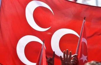 MHP'li başkana partisinden şok karar!