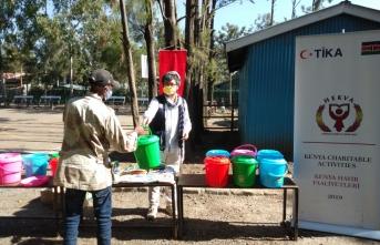 TİKA'dan Kenya'da ihtiyaç sahibi ailelere yardım