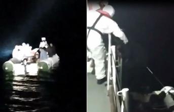 Çanakkale açıklarında Türk kara sularına itilen 28 sığınmacı kurtarıldı