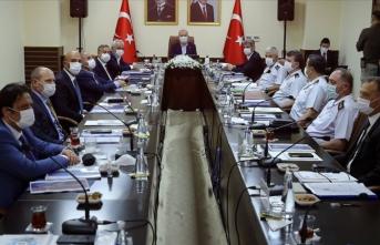 İçişleri Bakanı Soylu başkanlığında düzenlenen güvenlik toplantısı başladı