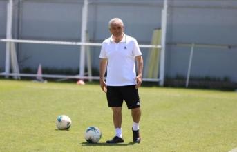 Sivasspor Teknik Direktörü Rıza Çalımbay: Hatadan döneceklerine inanıyorum