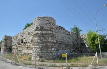 Tarihi kale turizme kazandırılacak