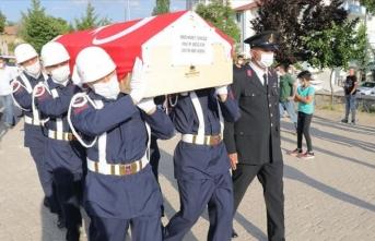 Trafik kazasında hayatını kaybeden sözleşmeli er Yozgat'ta toprağa verildi