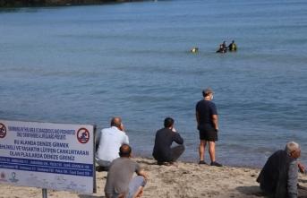 Denizde kaybolan 17 yaşındaki genci arama çalışmaları sürüyor