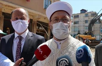 Diyanet İşleri Başkanı Ali Erbaş'a saldırdılar! Vatandaşlardan, Papa üzerinden olay cevap