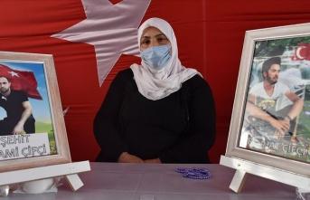 Diyarbakır anneleri dağdaki evlatlarına teslim olmaları için çağrıda bulundu