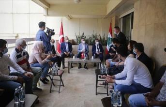 Fuat Oktay ve Bakan Çavuşoğlu Beyrut'taki patlamada yaralanan Türklerin aileleriyle görüştü