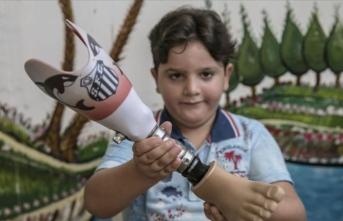 Protez bacağına Santos arması işleyen Suriyeli Hamis'e teşekkür mesajı