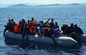 Yunan sahil güvenliğinin Türk kara sularına ittiği sığınmacılar kurtarıldı