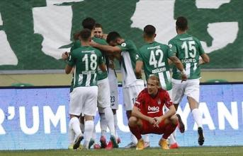 Beşiktaş savunması S.O.S veriyor