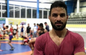 Cinayetle suçlanan şampiyon güreşçi idam edildi