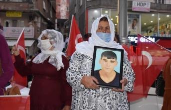 Çocukları dağa kaçırılan anneler HDP'ye ve PKK'ya lanet okudu