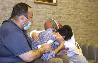Diyarbakır anneleri sayesinde bir aile daha evladına kavuştu
