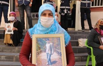 Diyarbakır annelerinden Salim: Oğlum güvenlik güçlerine teslim ol