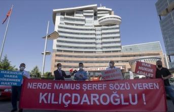 İBB'de işten çıkartılan işçiler CHP Genel Merkezi önünde eylem yaptı