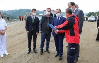 İçişleri Bakan Yardımcısı Çataklı Giresun'daki sel bölgesinde incelemede bulundu