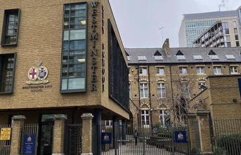 İngiltere okulları yeniden açtı