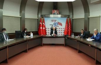 Kılıçdaroğlu eğitim sektörü paydaşlarıyla buluştu