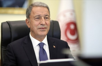 Milli Savunma Bakanı Akar'ın mutlu günü