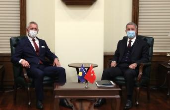 Milli Savunma Bakanı Akar, Kosovalı mevkidaşı ile görüştü