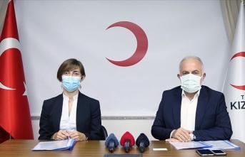 Sağlık çalışanlarına koruyucu ekipman için Türk Kızılay'a 200 bin dolar bağış