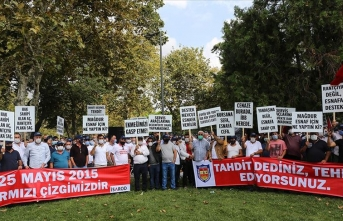 Taksiciler ve servisçilerden İBB önünde protesto!