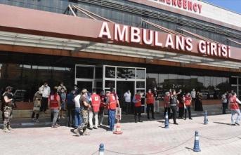 Türkiye'deki yabancı diplomatik misyon Türk Kızılay ekibine yönelik saldırıyı kınadı