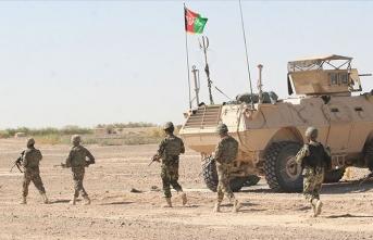 Afganistan'da büyük çatışma: Onlarca güvenlik görevlisi öldü