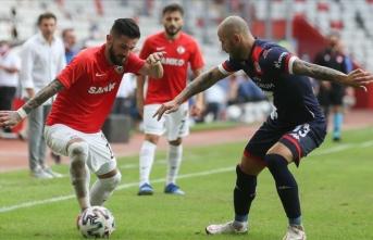 Antalya-Gaziantep maçında 2 gol çıktı