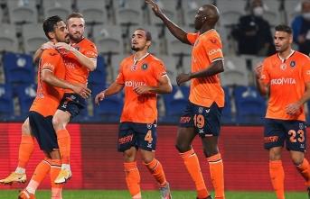 Başakşehir - Antalyaspor maçında gol yağmuru
