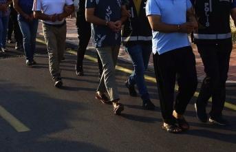 4 ilde göçmen kaçakçılığı operasyonu: Onlarca gözaltı