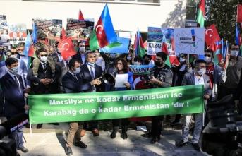 Ermenistan'a destek veren Fransa'ya protesto