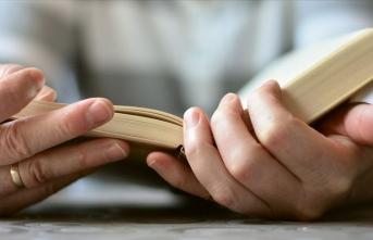 Karantina sürecinde evde kalanların tercihi kitap okumak oldu