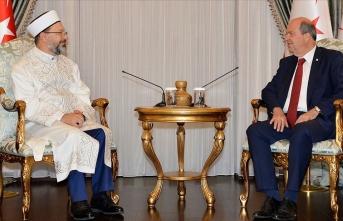 KKTC Cumhurbaşkanı Tatar, Türkiye Diyanet İşleri Başkanı Erbaş'ı kabul etti