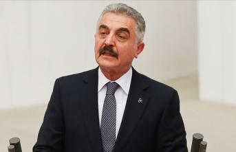 MHP'li Büyükataman'dan Ahmet Davutoğlu'na: Siyaset kuklası!