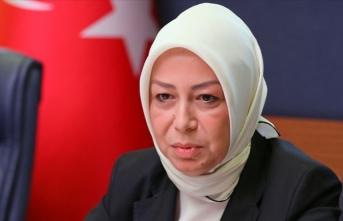 Öznur Çalık'tan Remziye Tosun'a tepki