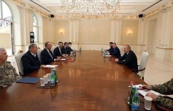 Azerbaycan Cumhurbaşkanı Aliyev, Çavuşoğlu ve Akar'ı kabul etti