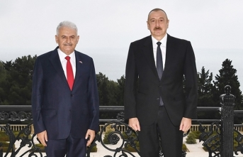 Binali Yıldırım'dan Azerbaycan'a destek ziyareti