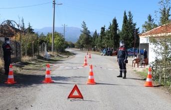 Bir köyün karantinası uzatıldı