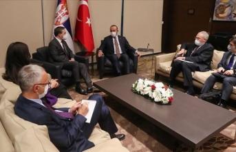 Çavuşoğlu, Kosova Başbakan Birinci Yardımcısı Tahiri ve Sırbistan Dışişleri Bakanı Selakovic'le görüştü