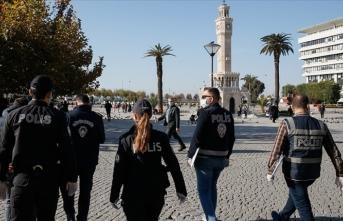 İzmir'de sıkı denetim! Ceza yazılan vatandaştan tebrik!