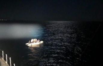 Marmaris'te 17 sığınmacı kurtarıldı