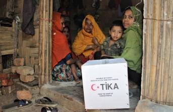TİKA Bangladeş'teki Arakanlı mültecileri yalnız bırakmıyor