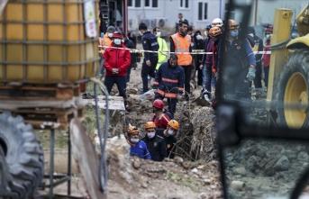Ankara'da inşaat alanında toprak kayması