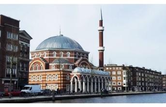 Ayasofya Camisi'ne saldırdılar